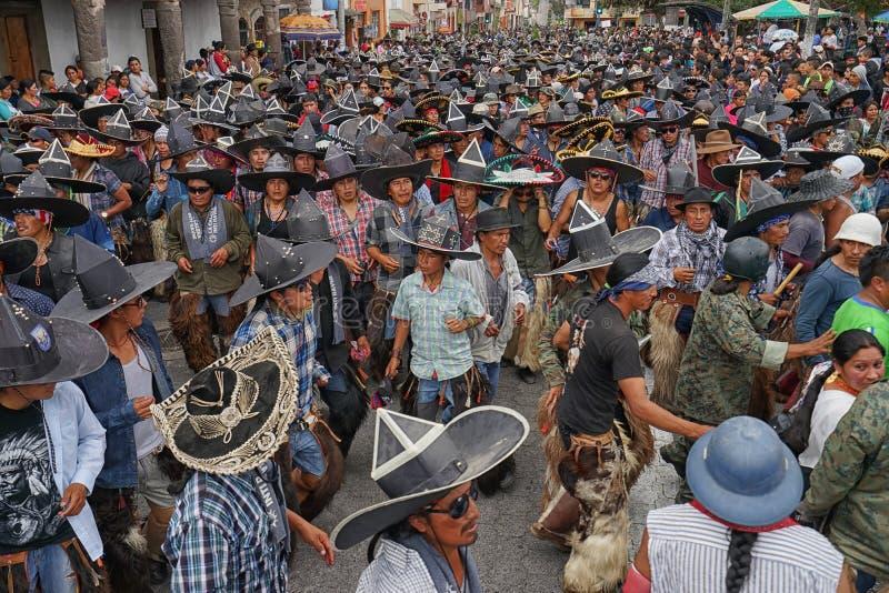 人在印锑秘鲁货币单位Raymi期间的` s事件在Cotacachi厄瓜多尔 库存图片