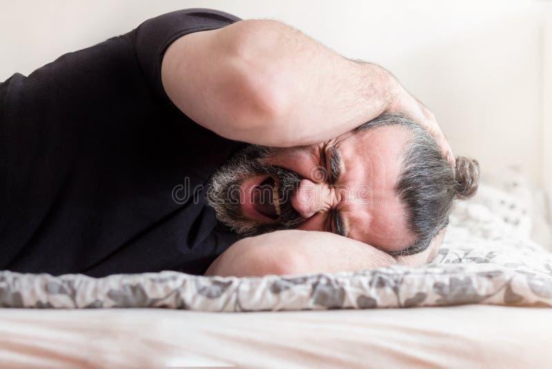 人尖叫在痛苦中 图库摄影