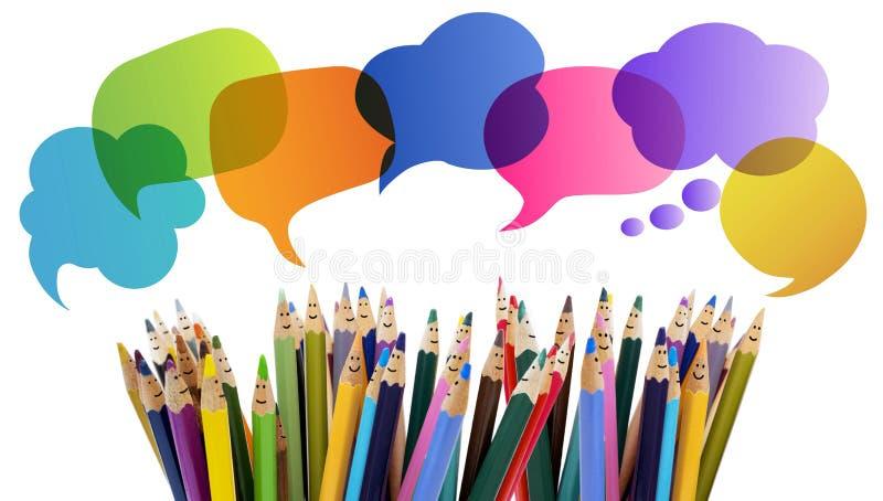 人微笑的色的铅笔滑稽的面孔 对话人 人群谈话 r 人脉co 库存图片