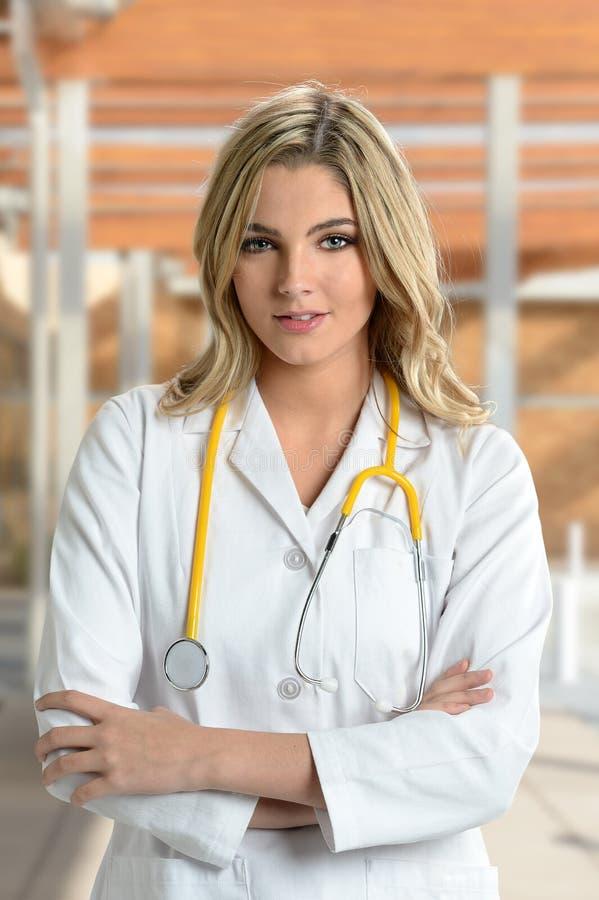 年轻人护士或医生画象  库存图片