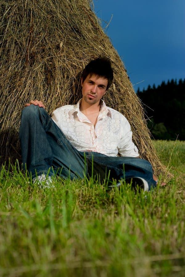 人放松的年轻人 免版税图库摄影