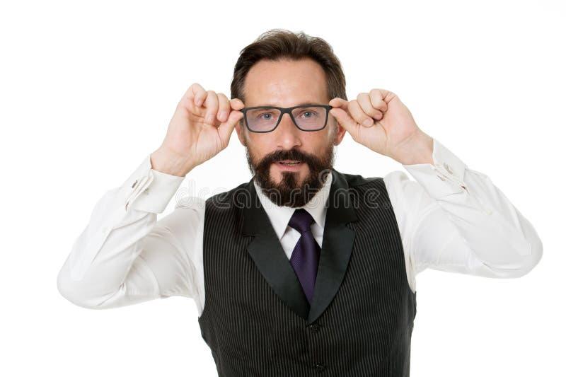 人有胡子的穿戴镜片隔绝了白色 商人老师调整镜片 作为神色概念 分析企业演变总额 库存照片