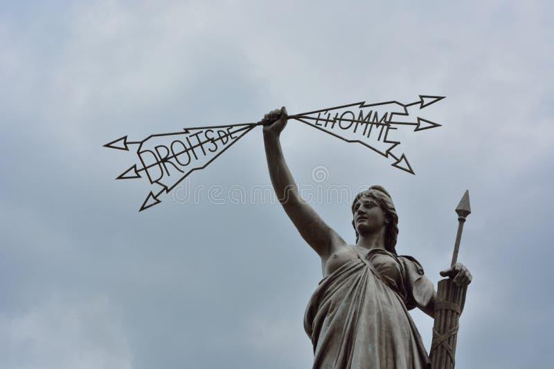 人权雕象在欧里亚克 库存图片