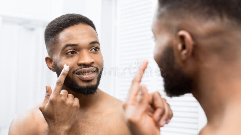 人的皮肤护理概念 图库摄影
