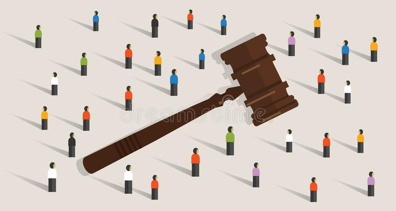 人群和惊堂木锤击社会评断决定的标志概念在法律和概念的 库存例证