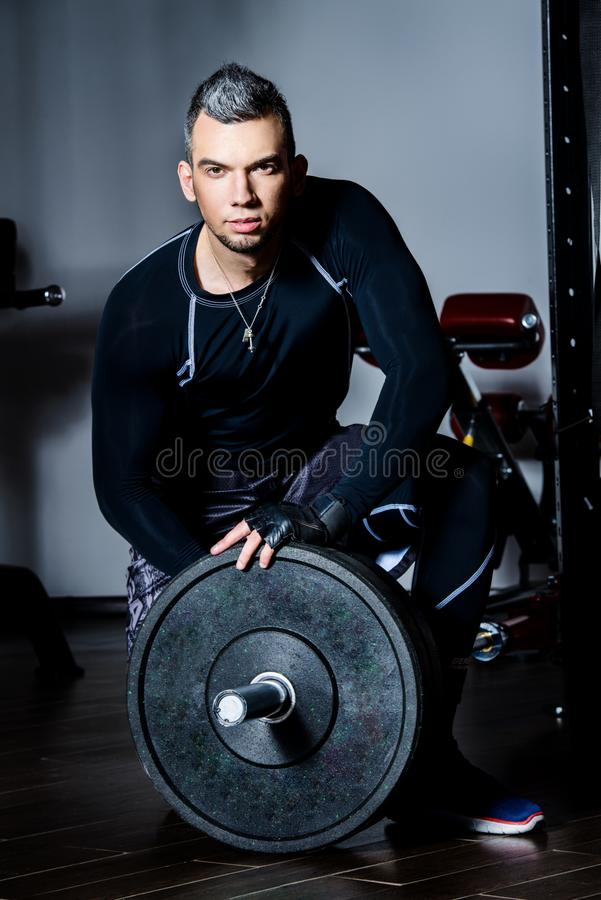 人肌肉年轻人 免版税库存图片