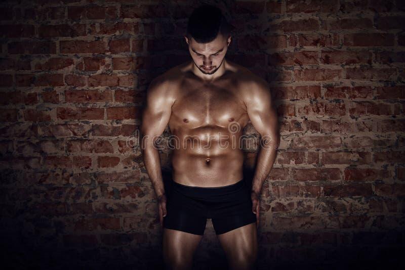 人肌肉年轻人 免版税库存照片