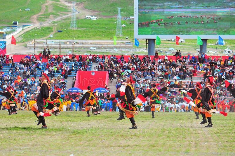 人舞蹈西藏舞蹈 库存图片