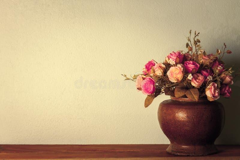 人造花玫瑰 库存图片