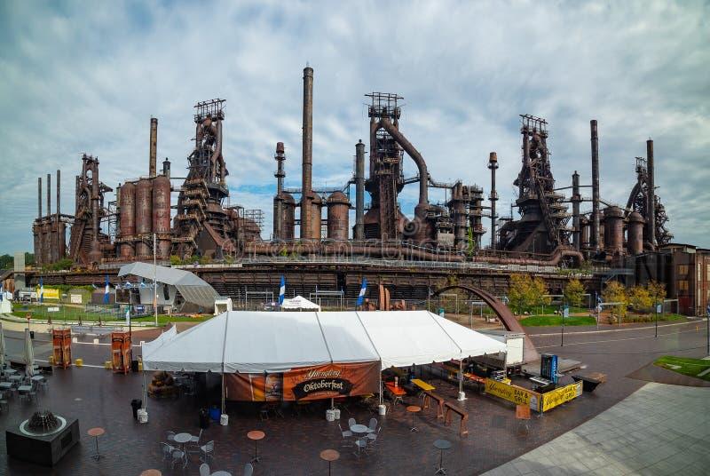 仍然站立在伯利恒的钢铁生产厂的全景 免版税库存图片