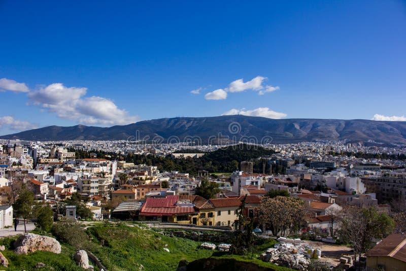 从上城小山看见的雅典 免版税库存照片