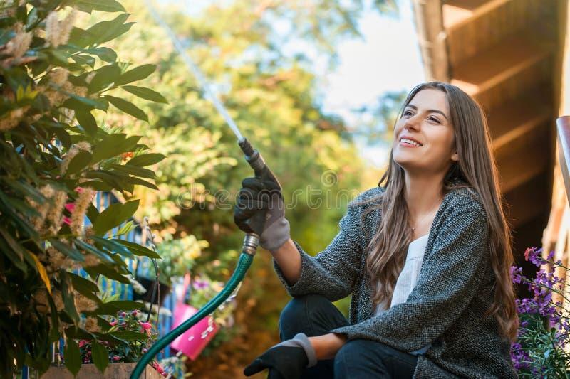 从事园艺的爱好和休闲概念 免版税库存图片