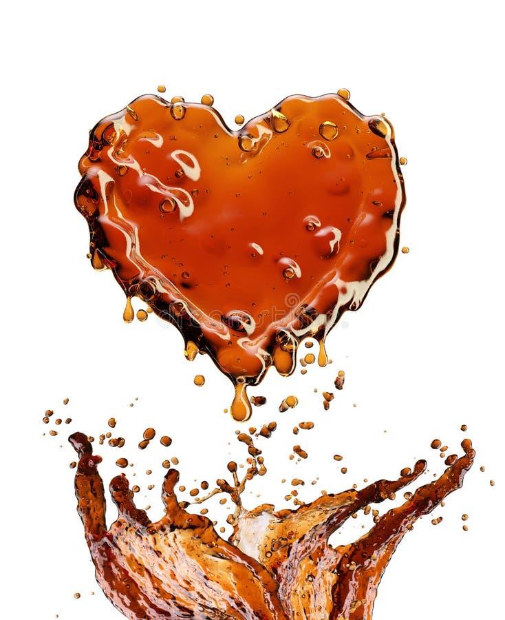 从可乐飞溅的心脏与在白色隔绝的泡影 库存图片