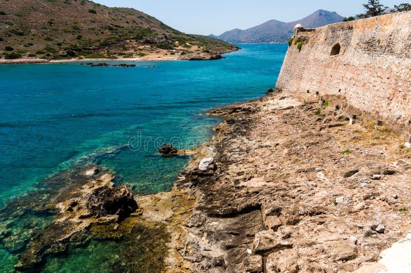 从史宾纳隆加岛堡垒,克利特,希腊的海景 图库摄影