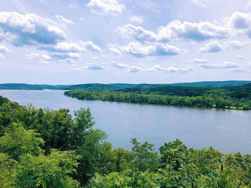 从吉勒特城堡的康涅狄格河视图 免版税库存照片