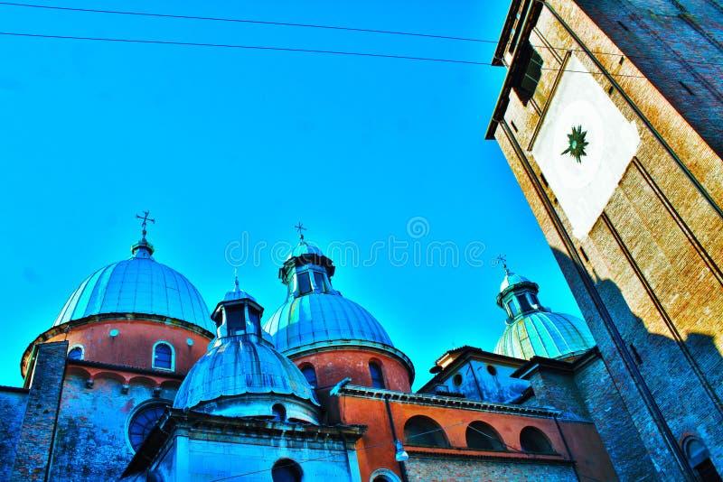 从后面看见的特雷维索大教堂 图库摄影