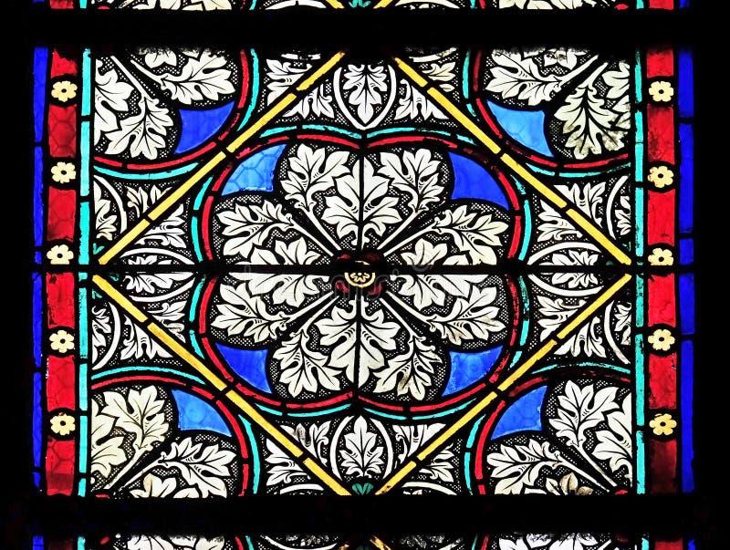 从圣热尔曼l'Auxerrois教会的污迹玻璃窗在巴黎 库存图片