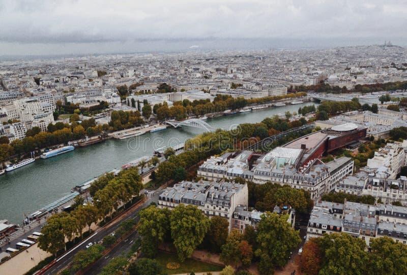 从埃佛尔铁塔的巴黎 免版税库存照片