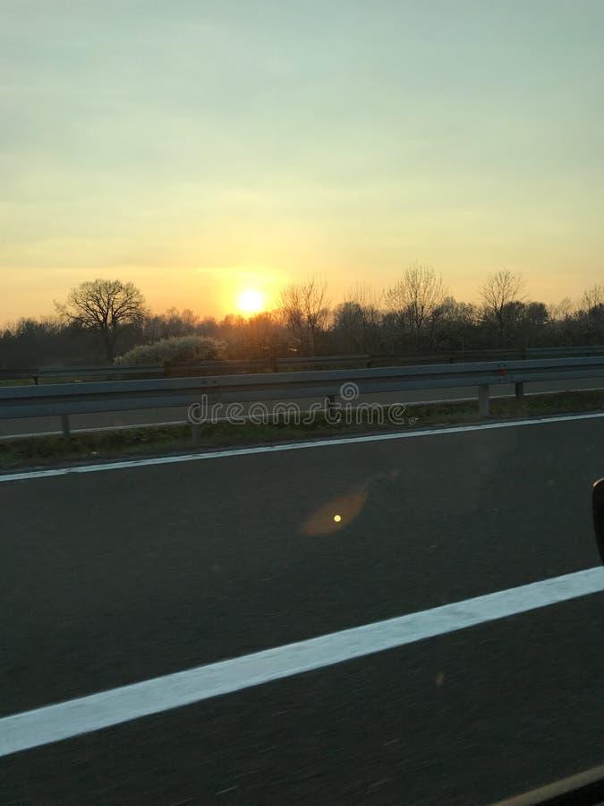 从塞尔维亚高速公路的日落 免版税图库摄影