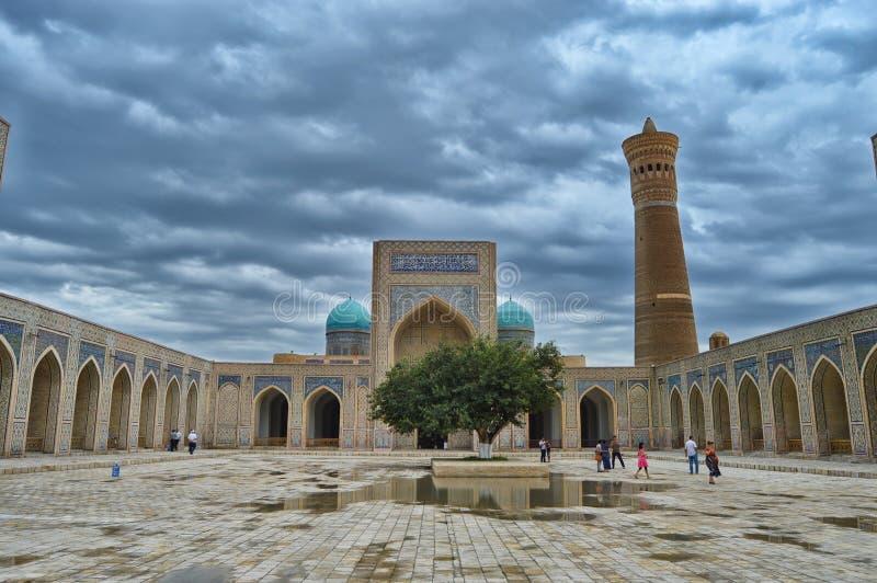 从大清真寺的看法在布哈拉 库存图片