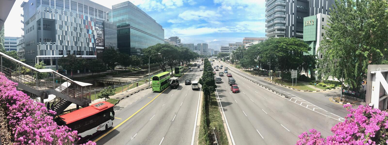 从天桥的高速公路视图 免版税库存照片