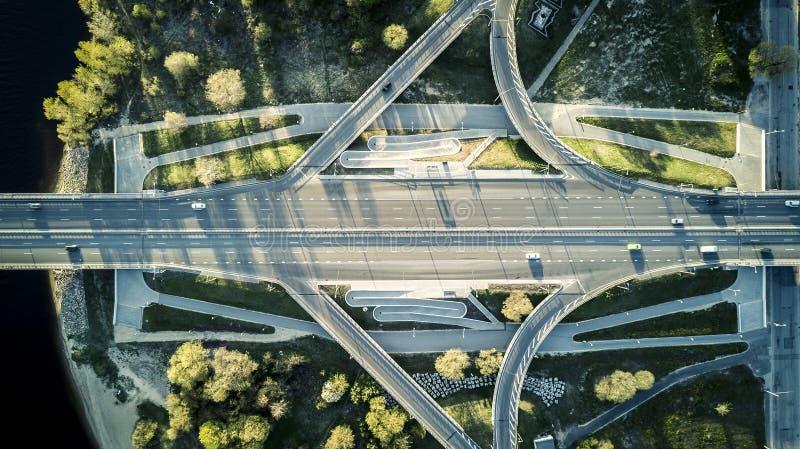 从寄生虫的鸟瞰图在高速公路 免版税图库摄影