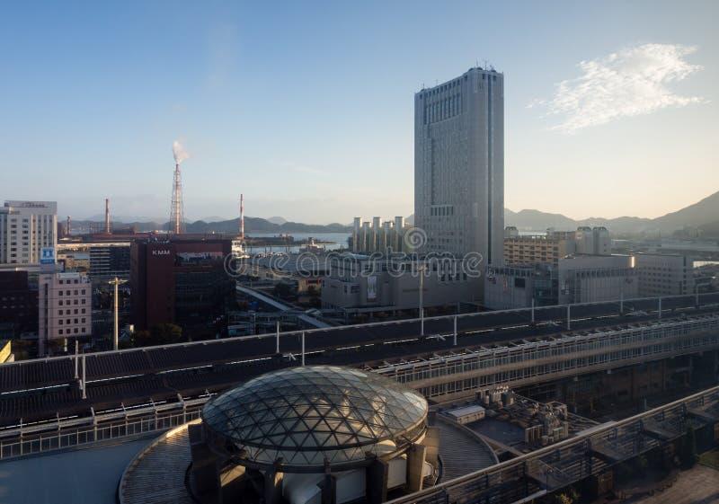 从小仓驻地大厦的看法在北九州,日本 库存图片
