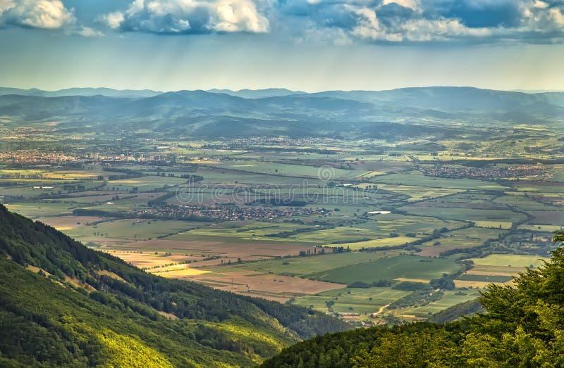 从小山的顶视图 免版税库存照片