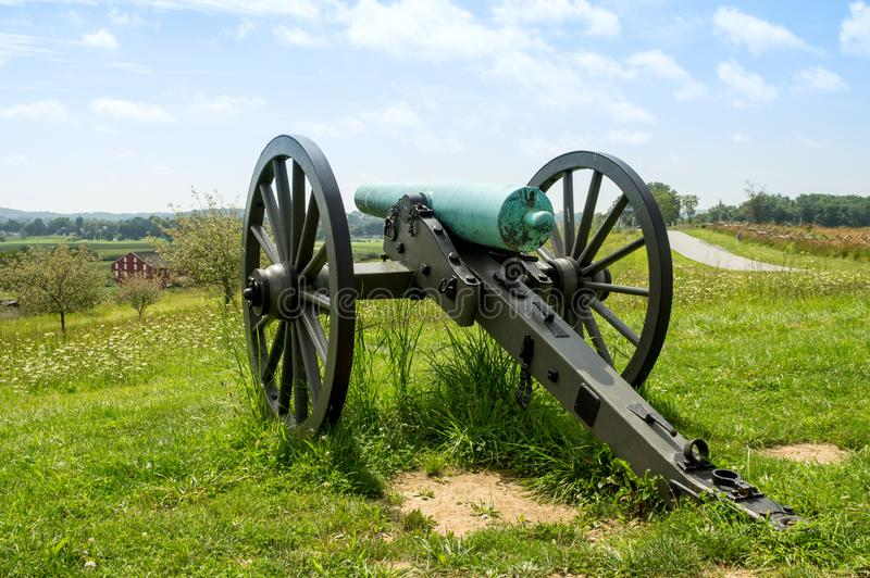 从小山顶的大炮俯视的谷 库存图片