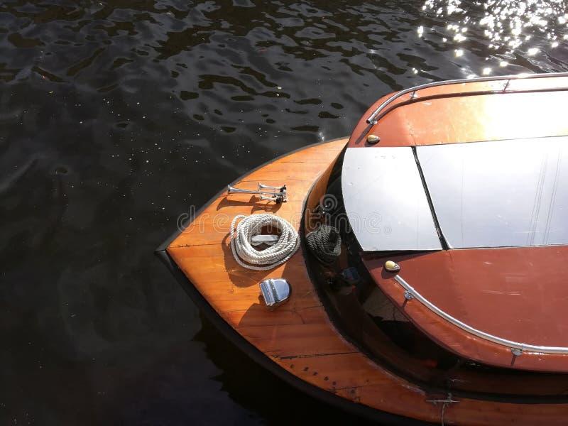 从小船的鼻子的顶端看法 库存照片