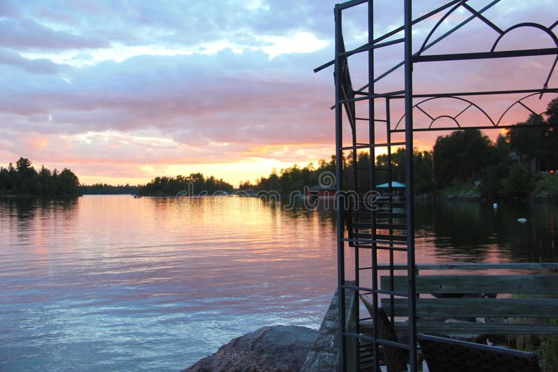 从小船船坞的日落视图,伍兹湖, Kenora,安大略 库存图片
