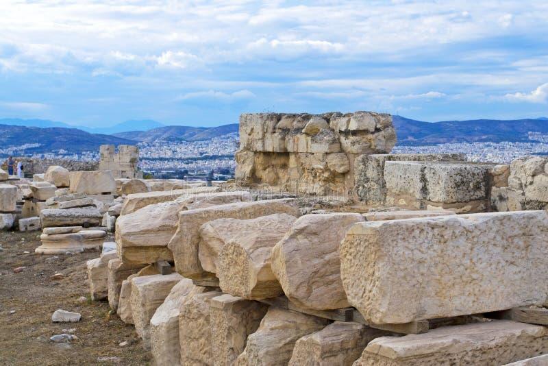 从尼克被毁坏的寺庙的看法在上城向雅典在希腊 图库摄影