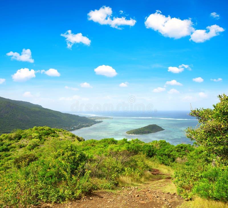 从山莫纳山的看法在毛里求斯海岛南部  免版税库存照片