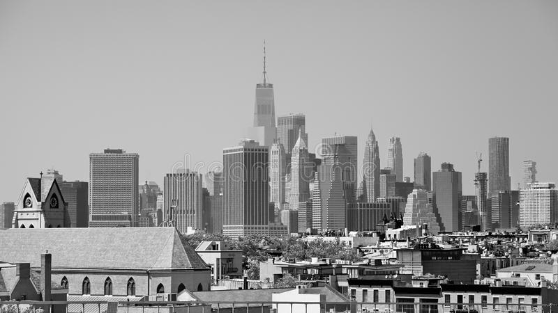 从布鲁克林邻里看见的曼哈顿,美国 库存图片