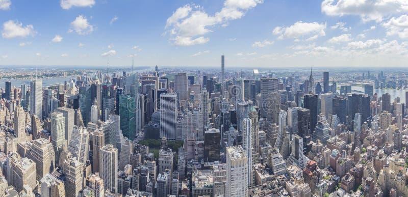 从帝国大厦的北部全景视图和曼哈顿中城和中央公园,纽约,美国 库存图片