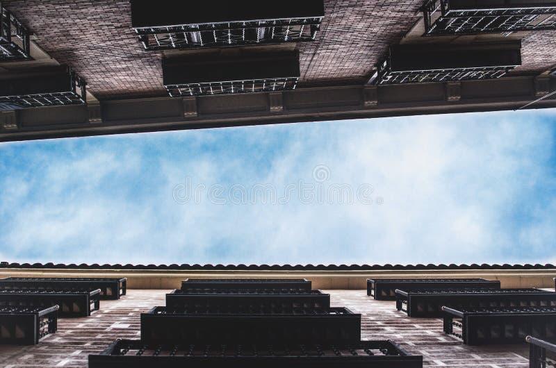 从底部的马德里 免版税库存照片
