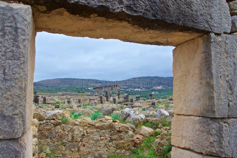从摩洛哥梅克内斯的门口看自愿遗址 库存图片