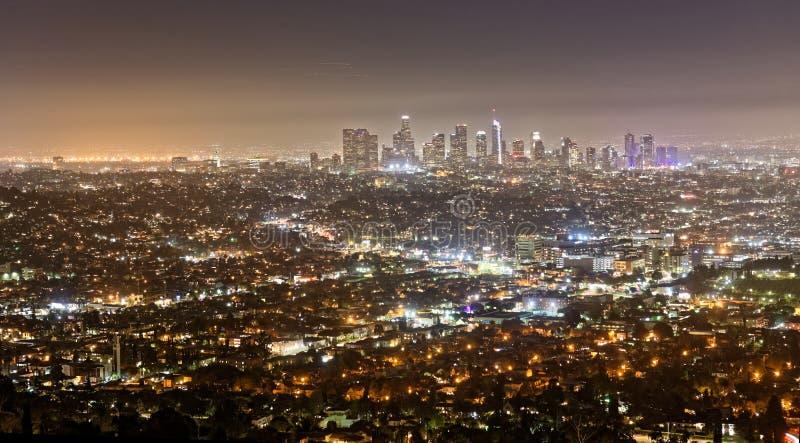 从格里菲斯观测所看见的洛杉矶在晚上 免版税库存照片