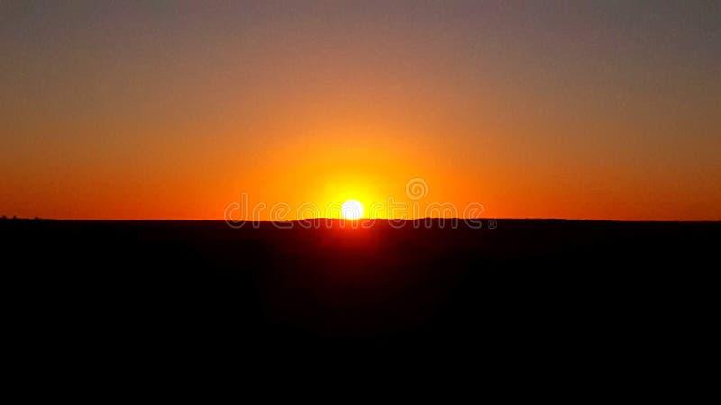 从沙漠的日落视图 图库摄影