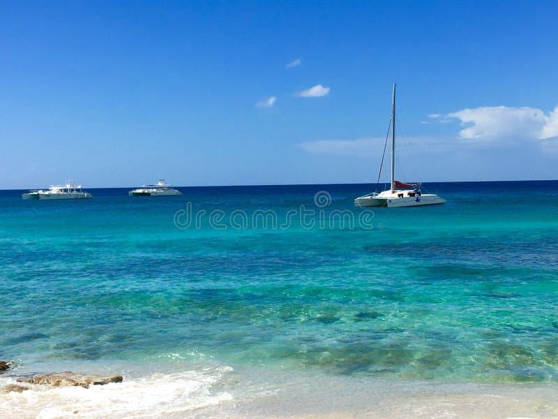 从海滩的加勒比海景 免版税库存图片
