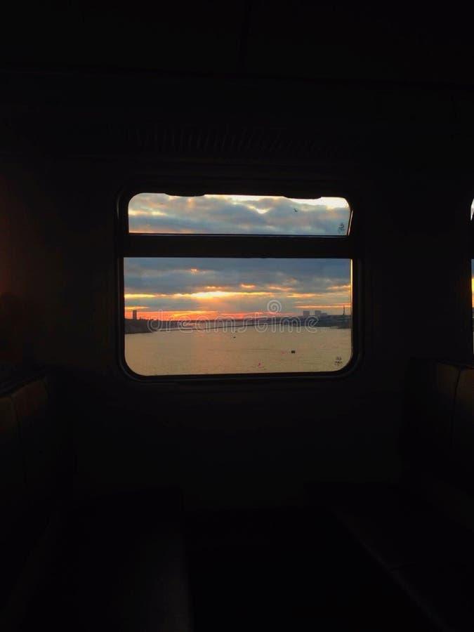 从火车窗口的河Ob 库存照片