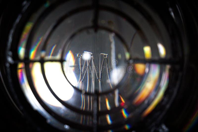 从灯塔的灯 免版税库存照片