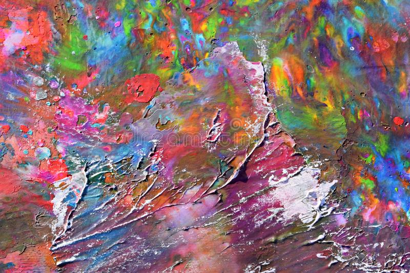 从熔化色的蜡笔和五颜六色的纹理创造的摘要 免版税库存图片