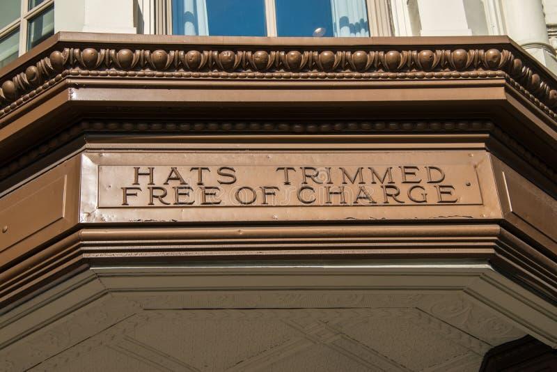 从现在闭合的著名Litts兄弟商店的大门罩在费城 免版税库存照片
