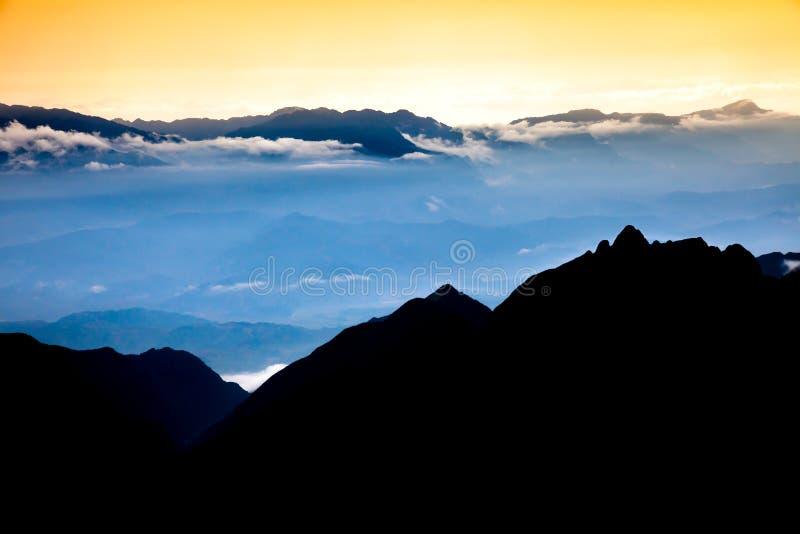 从番西邦峰山的美丽的景色 免版税库存照片