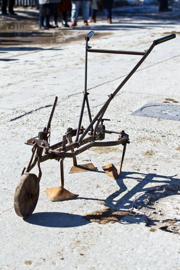 从的老种田的工具我们演变了的地方 库存照片