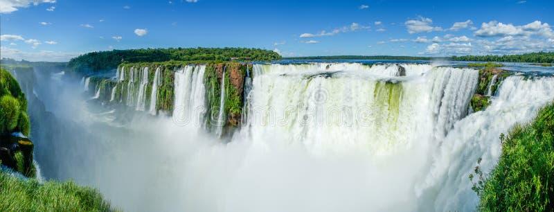 从秋天的顶端被看见的全景伊瓜苏瀑布,阿根廷 库存照片
