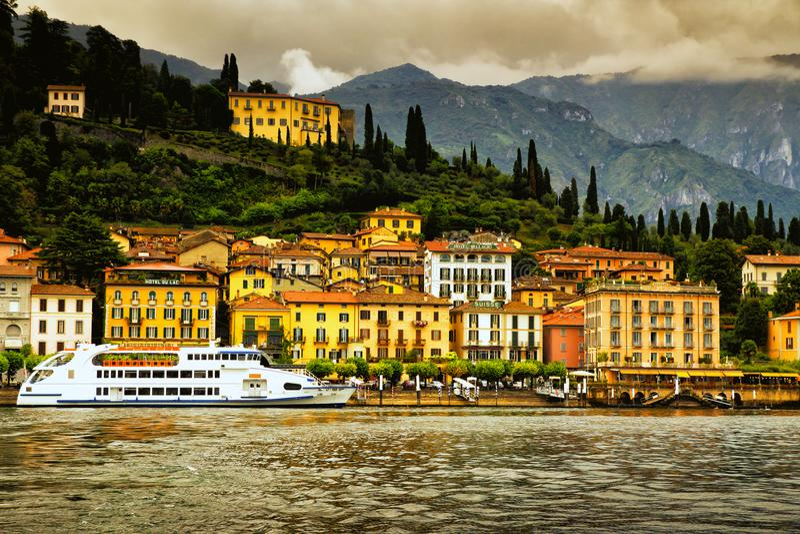 从科莫湖,意大利的贝拉焦 免版税库存照片