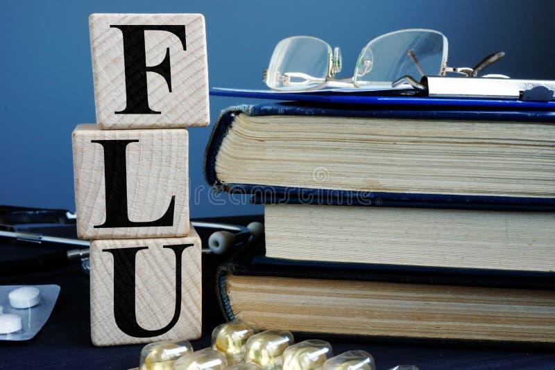 从立方体和诊断形式的词流感 免版税库存图片