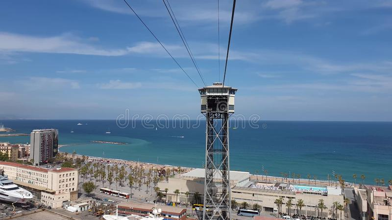 从缆索铁路的美好的巴塞罗那海视图 库存图片